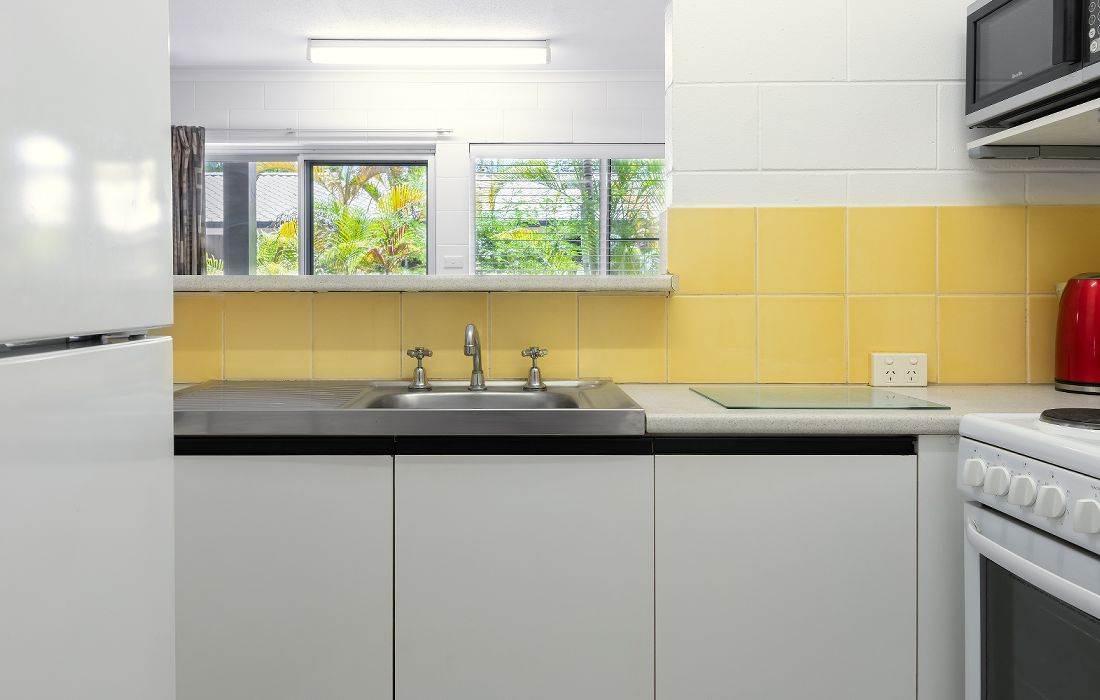 2bedroom-classic-kitchen