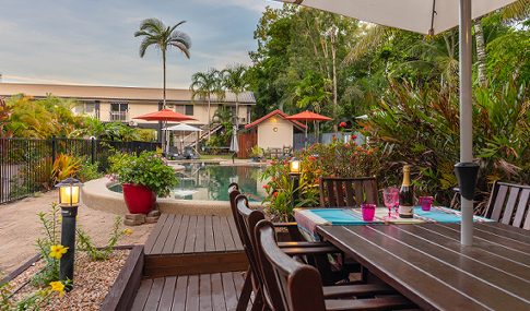 Port Douglas Holiday Apartments - pool